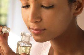 Ефірні олії проти старіння і втоми – найкращі помічники жінок