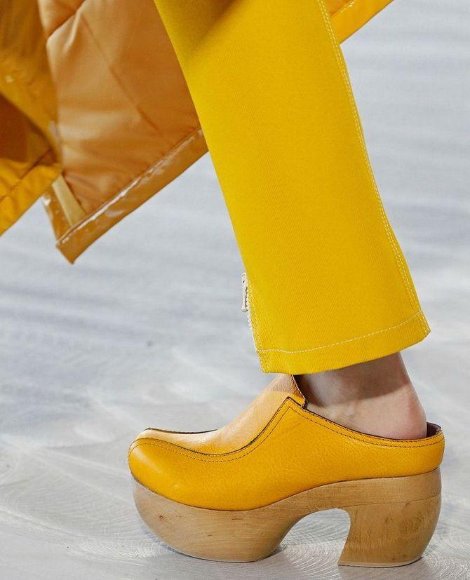 Модні клоги: актуальне взуття на літо 2021 2