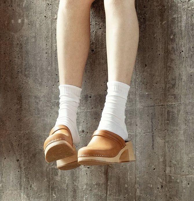Модні клоги: актуальне взуття на літо 2021 1