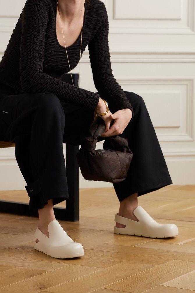 Модні клоги: актуальне взуття на літо 2021 9