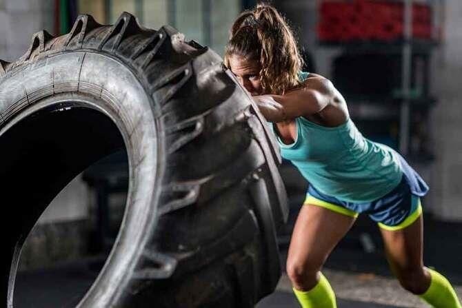 Кроссфит – тренировки для целеустремленных, сильных и красивых женщин 1