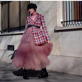 Як правильно носити модні повітряні спідниці після 45 років 3