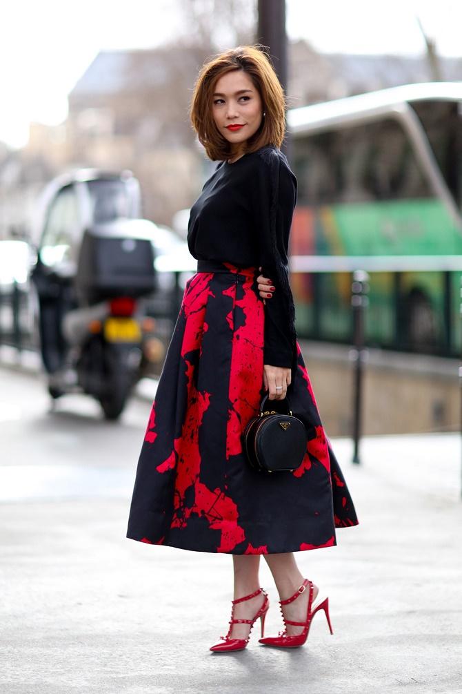 Як правильно носити модні повітряні спідниці після 45 років 4