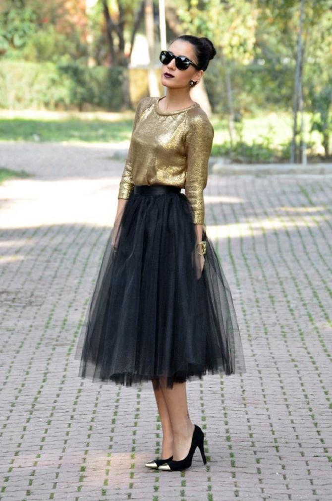 Як правильно носити модні повітряні спідниці після 45 років 9