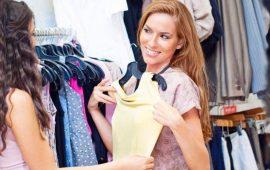 Омолоджуючі кольору одягу: відтінки, які допоможуть скинути роки