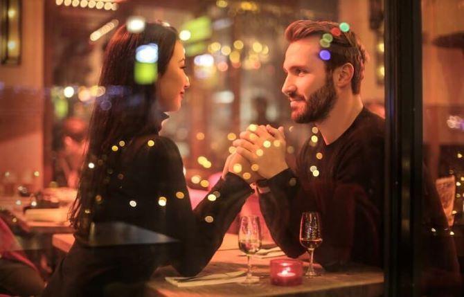 Признаки влюбленного мужчины: 9 сигналов, на которые стоит обратить внимание 2