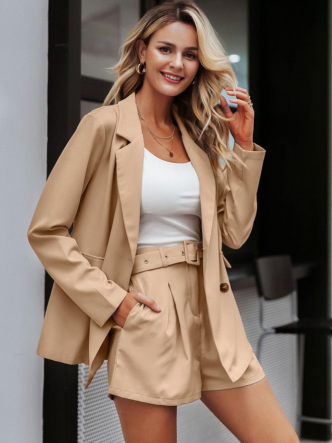 Женский костюм пиджак с шортами: основной летний тренд 15