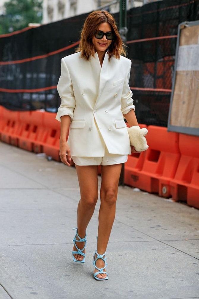 Женский костюм пиджак с шортами: основной летний тренд 1