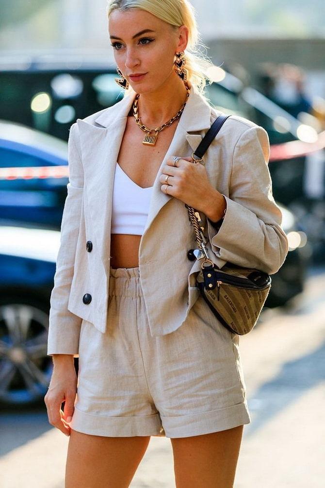 Женский костюм пиджак с шортами: основной летний тренд 20