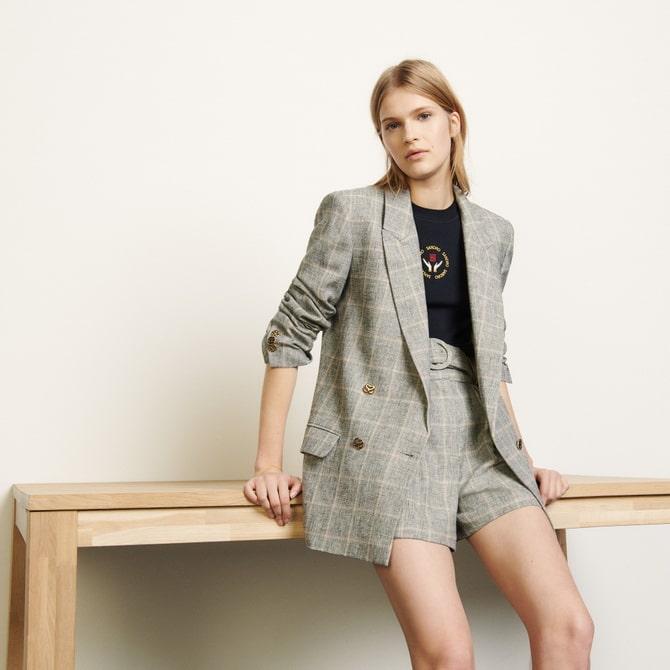 Женский костюм пиджак с шортами: основной летний тренд 16