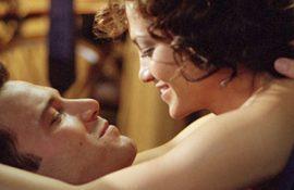 Дженнифер Лопес и Бена Аффлека застукали за горячими поцелуями (видео)