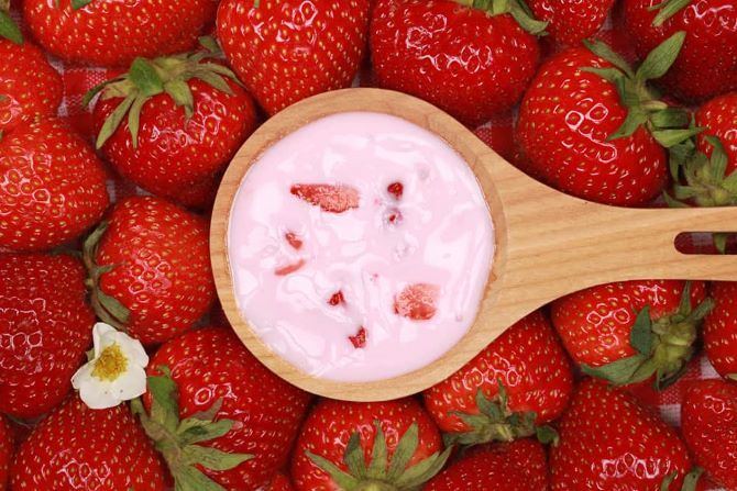 Маска з полуниці – 5 домашніх рецептів для сяючої шкіри влітку 1