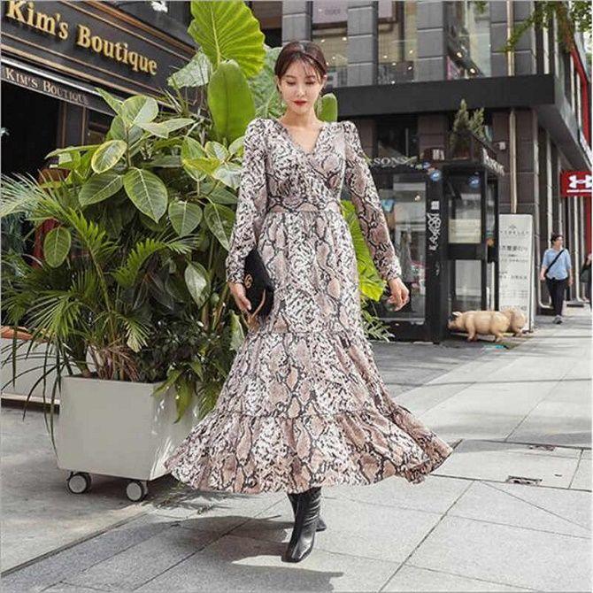 Нежнее нежного: самые модные бежевые платья 2021-2022 6