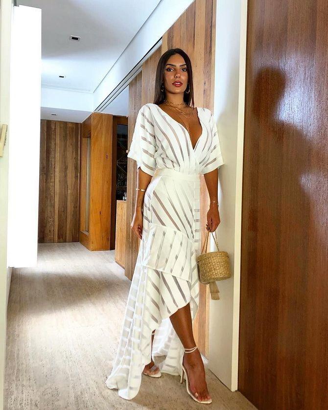 Самые красивые белые платья на лето 2021: идеи образов 12