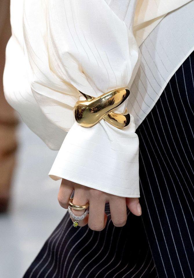 Як носити браслет-манжети 5