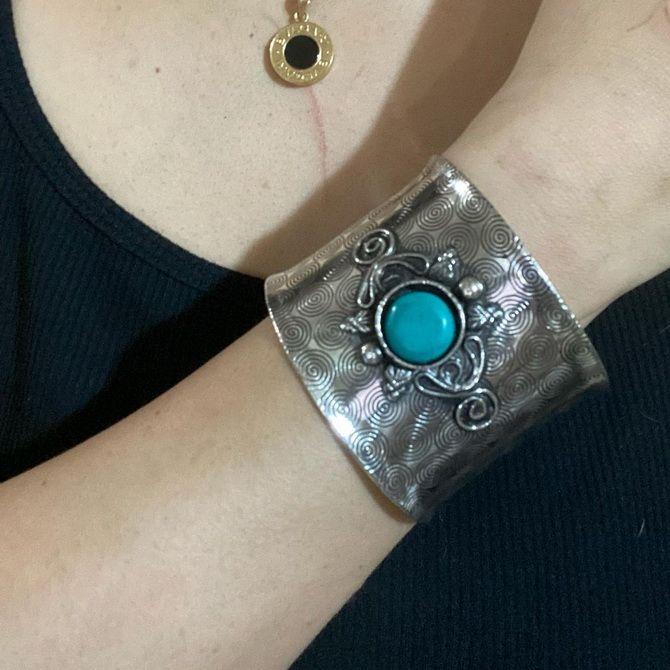 Як носити браслет-манжети 9