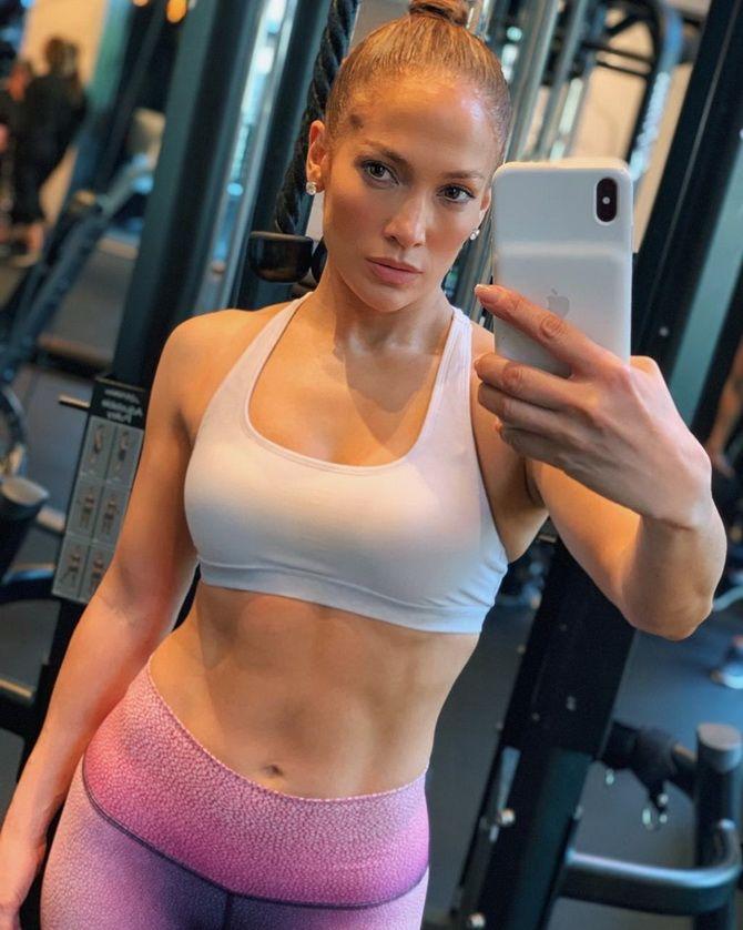 Топ-5 ошибок девушек при выборе спортивной экипировки для фитнеса 1