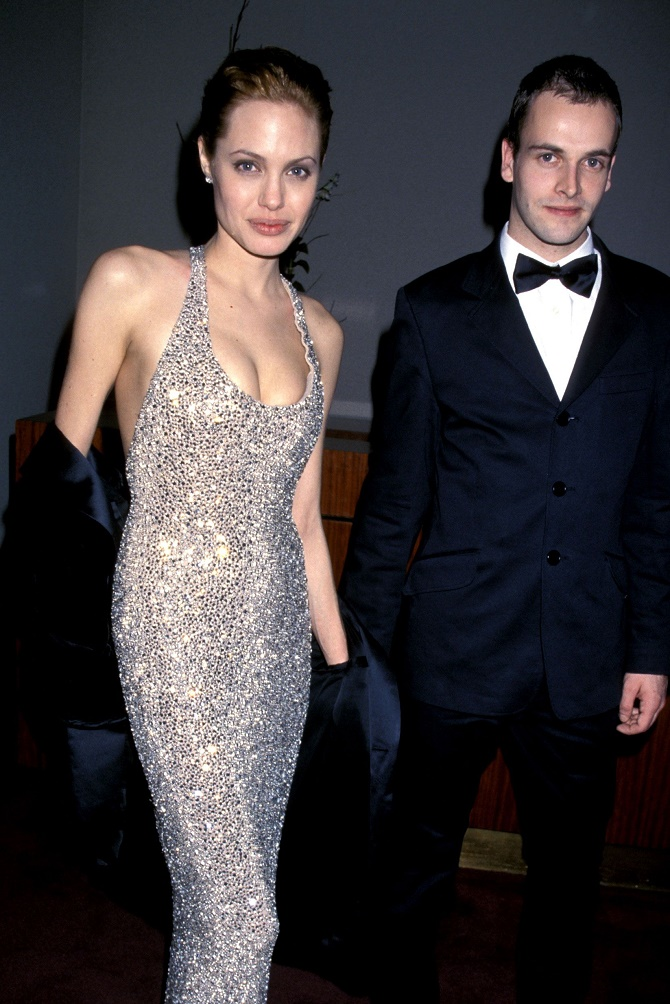 Анджелина Джоли и Джонни Ли Миллер