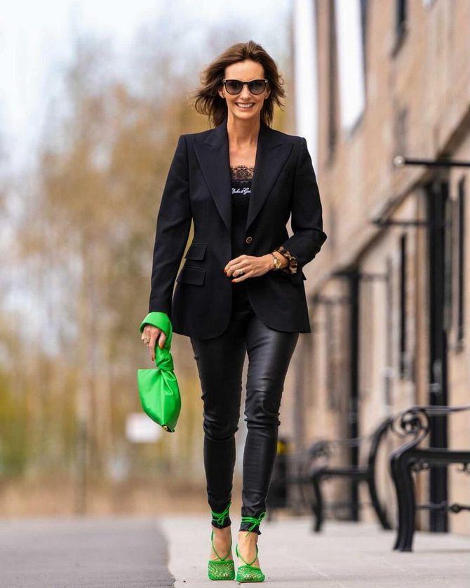 С чем носить зеленые неоновые туфли: яркие луки 6