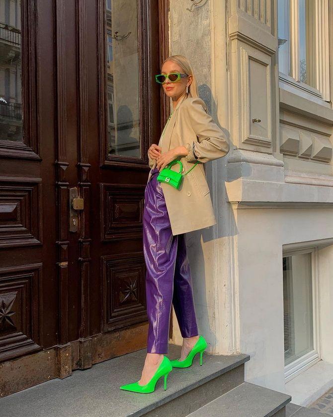 С чем носить зеленые неоновые туфли: яркие луки 16