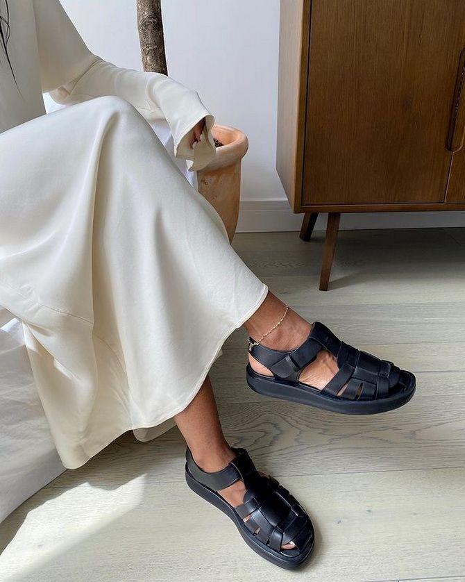 Рибальські сандалі – тренд на потворну взуття триває 2