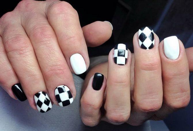 Шаховий манікюр на літо 2021 – модний тренд 4