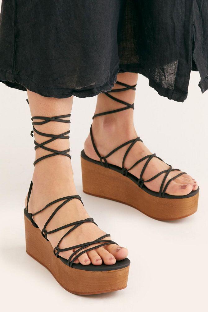 Літні взуттєві тренди: ugly shoes, які будемо носити влітку 2021 14