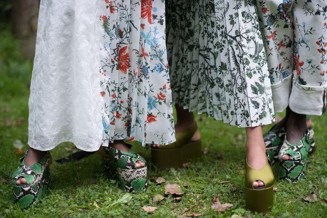 Літні взуттєві тренди: ugly shoes, які будемо носити влітку 2021 12