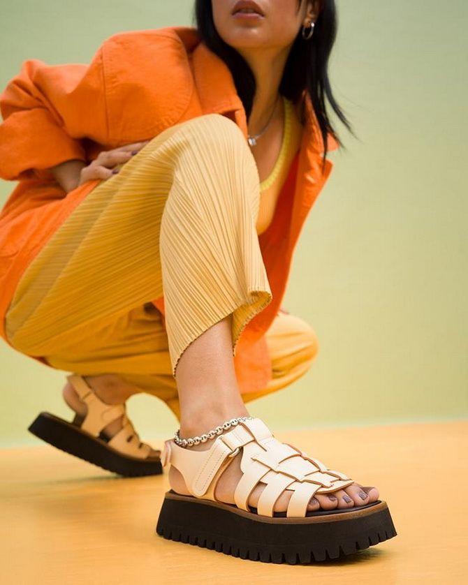 Літні взуттєві тренди: ugly shoes, які будемо носити влітку 2021 3