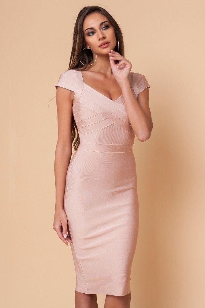 Выбросить немедленно: модели платьев, которые безнадежно устарели 12