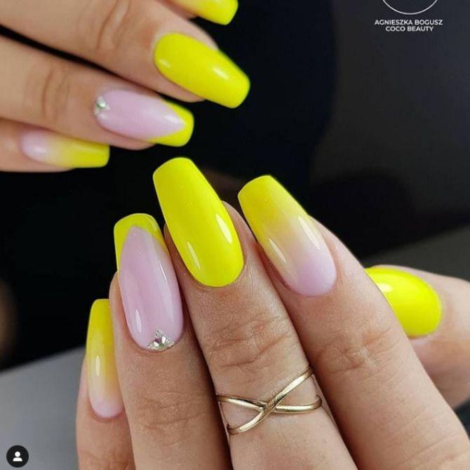 Ногти цвета лета: нейл-арт 2021 в ярких и неоновых цветах 11