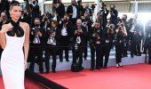 Каннський кінофестиваль 2021: Хелен Міррен, Белла Хадід і інші зірки на червоній доріжці