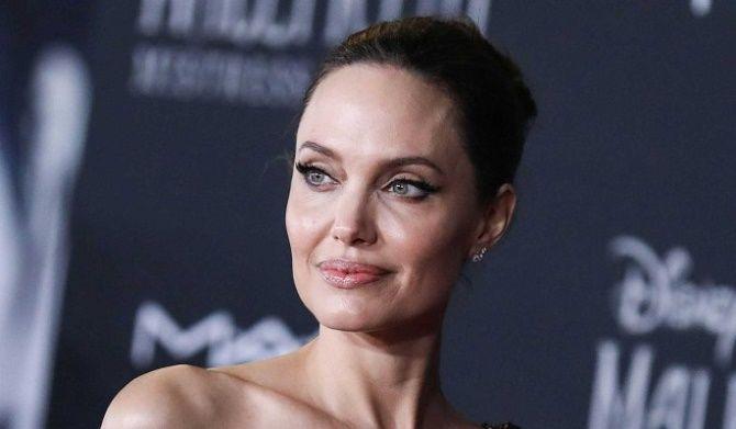 Новий роман? Анджеліна Джолі і репер The Weeknd помічені разом на концерті 2