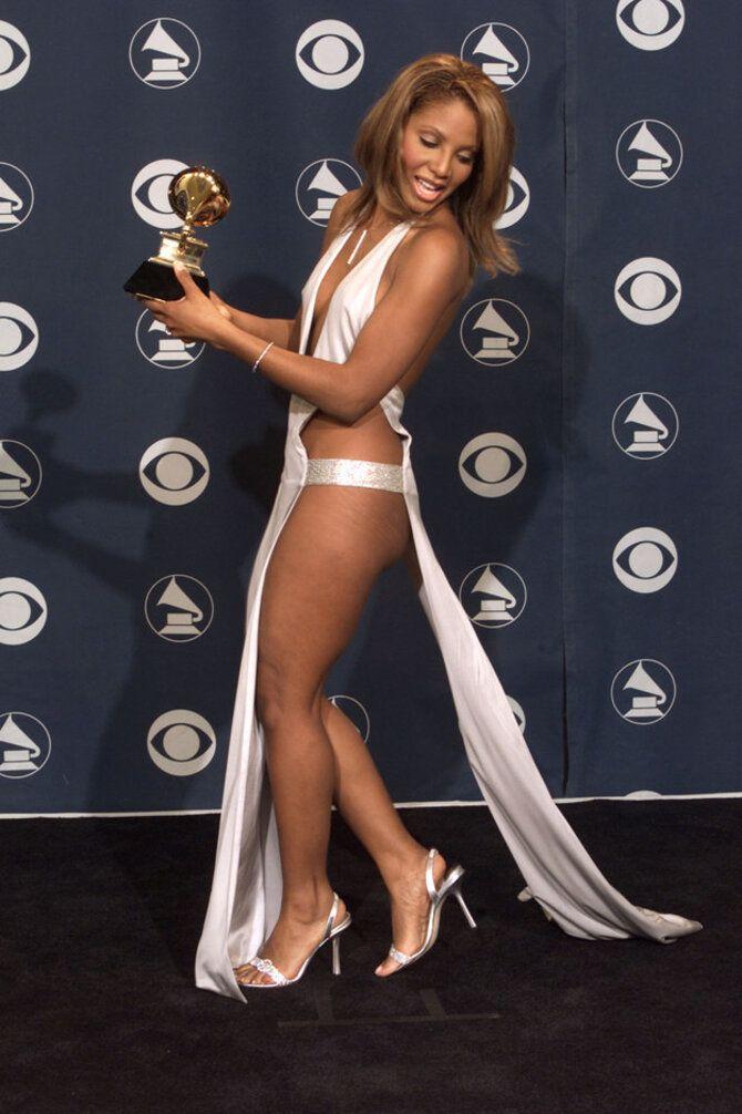 Самые голые платья звезд, в которых нельзя даже дышать 7