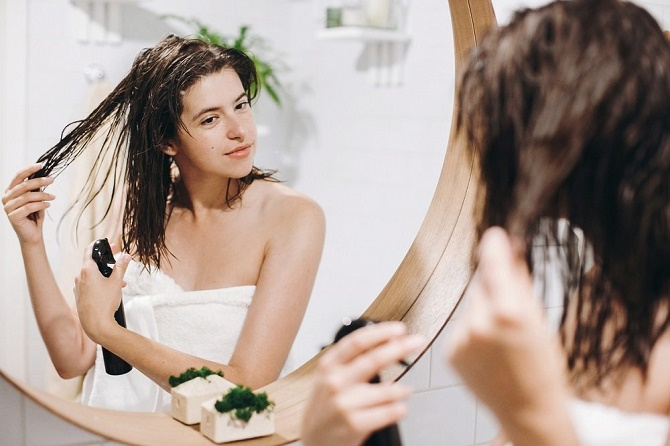 5 вредных привычек, из-з которых ваши волосы быстрее становятся грязными 2