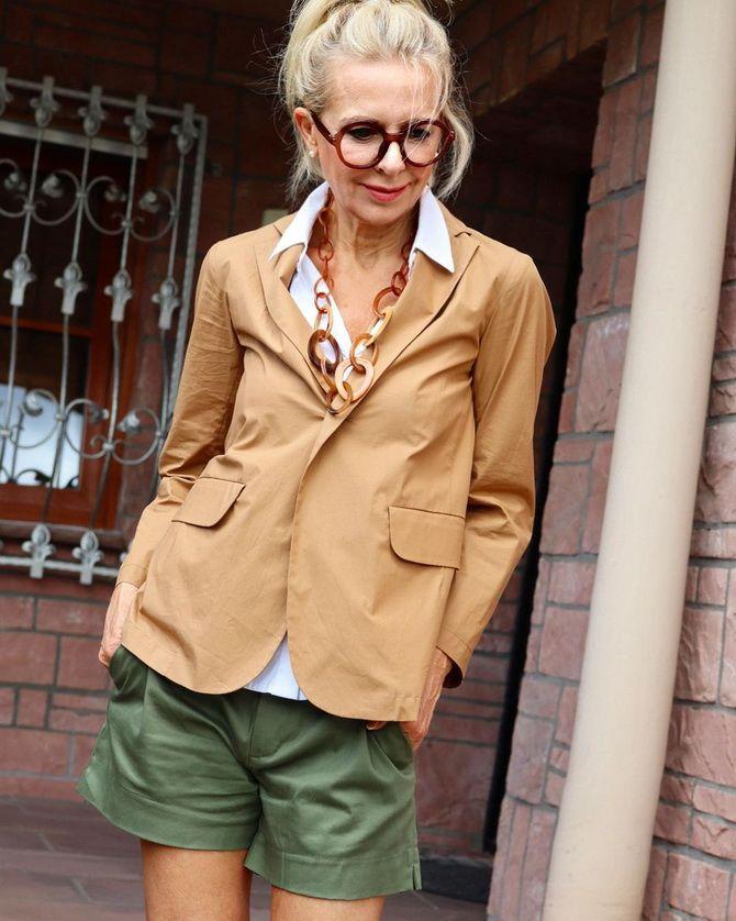 Які кольори в одязі підходять блондинкам – кращі поєднання 8