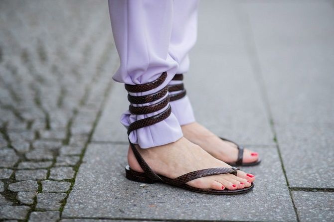 Модні босоніжки на платформі: що носити цього літа 14