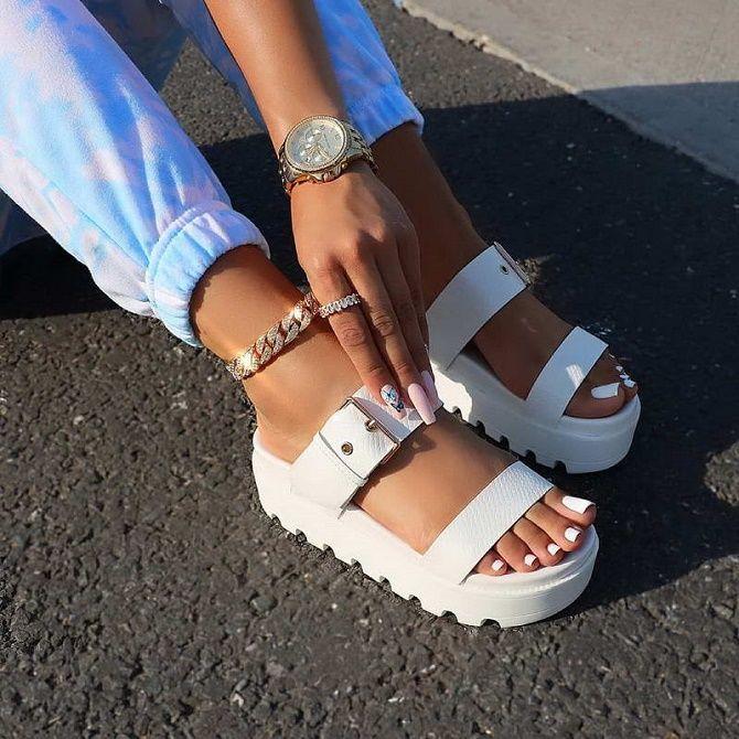Модні босоніжки на платформі: що носити цього літа 16