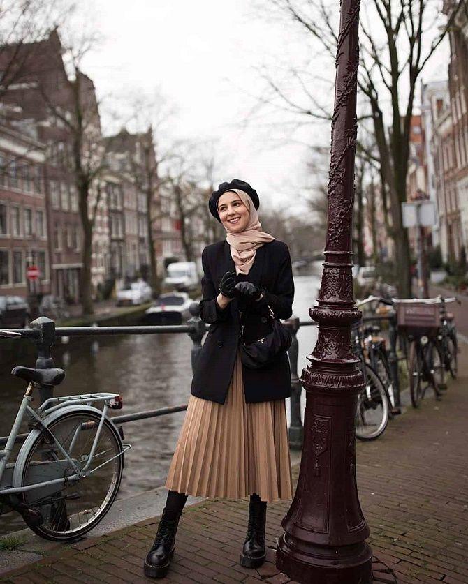 Як носити чорний піджак, щоб виглядати модно: ненудні ідеї 4