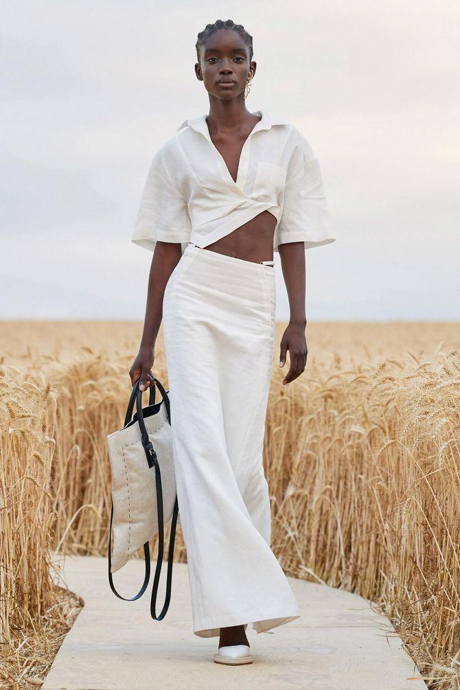 Белая юбка на лето 2021 — какие образы с ней можно создать 1