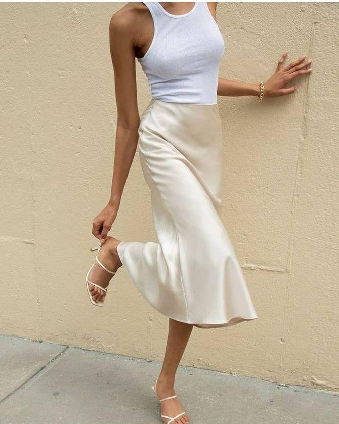 Белая юбка на лето 2021 — какие образы с ней можно создать 4