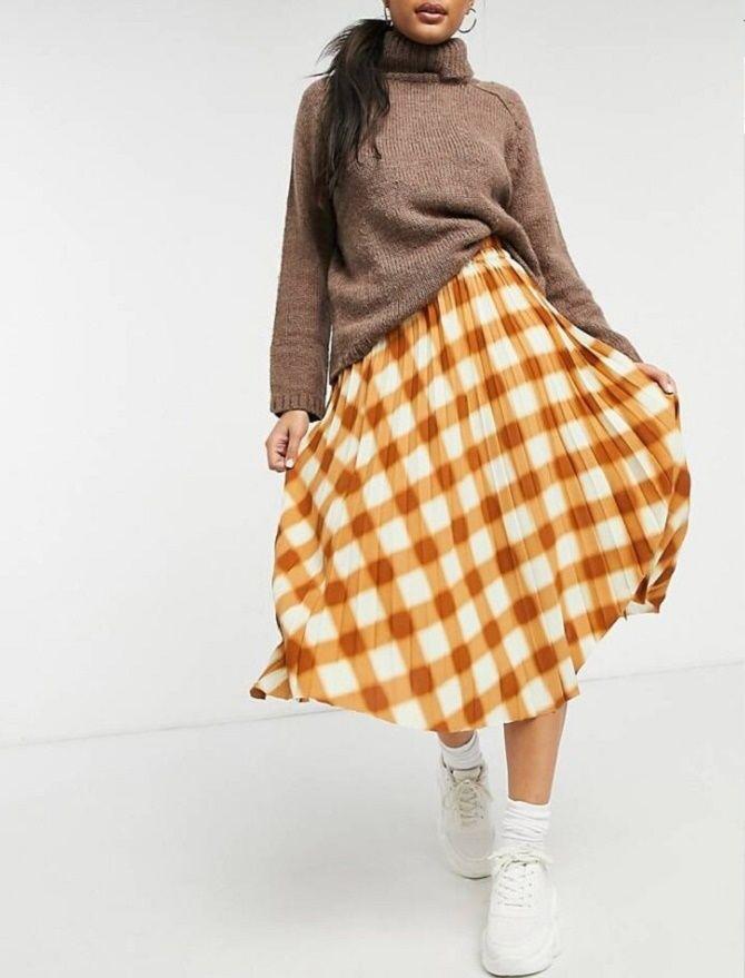 С чем носить модную юбку в клетку: актуальные идеи для модниц 15