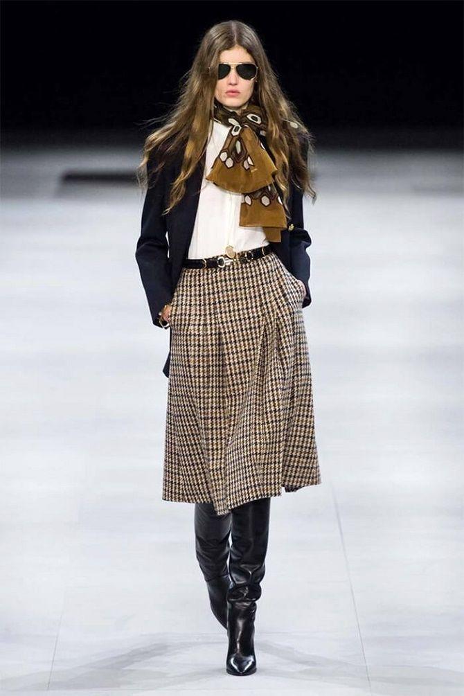 С чем носить модную юбку в клетку: актуальные идеи для модниц 21