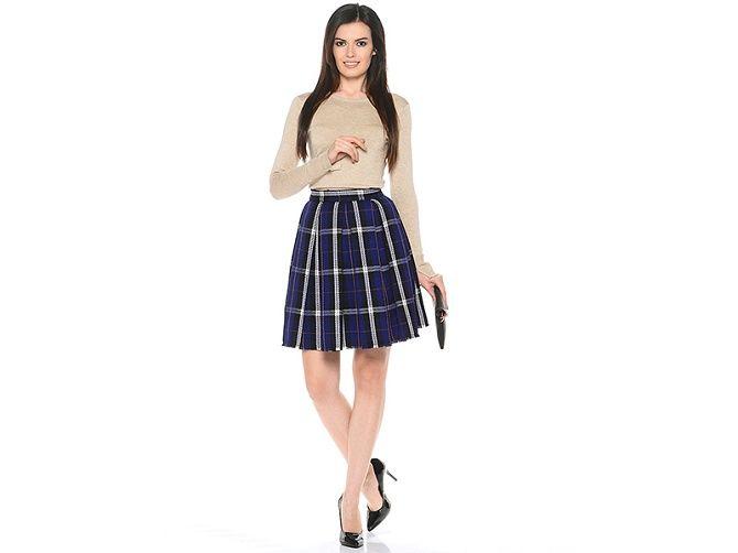 С чем носить модную юбку в клетку: актуальные идеи для модниц 4
