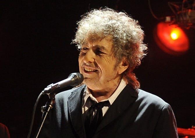Культовый музыкант Боб Дилан обвинен в изнасиловании 12-летней девочки 4