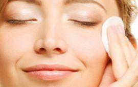 5 ошибок, которые мы совершаем при уходе за кожей с акне