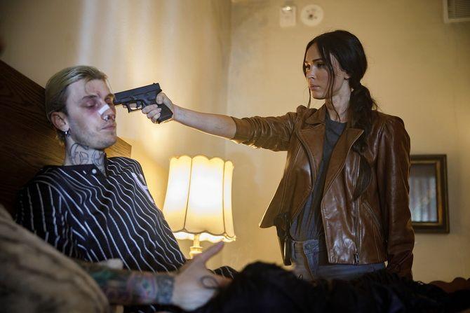 Фільм « Опівночі у високій траві» (2021) – Меган Фокс і Брюс Вілліс йдуть слідами маніяка 2