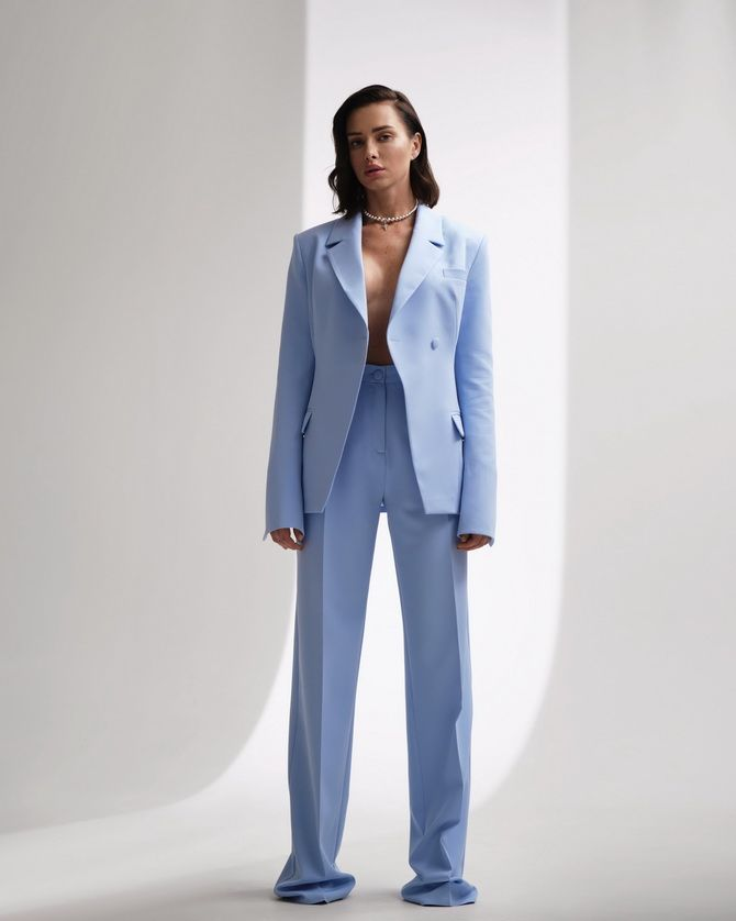 Топ-модель из Одессы Алена Шуба представила собственный бренд одежды 4