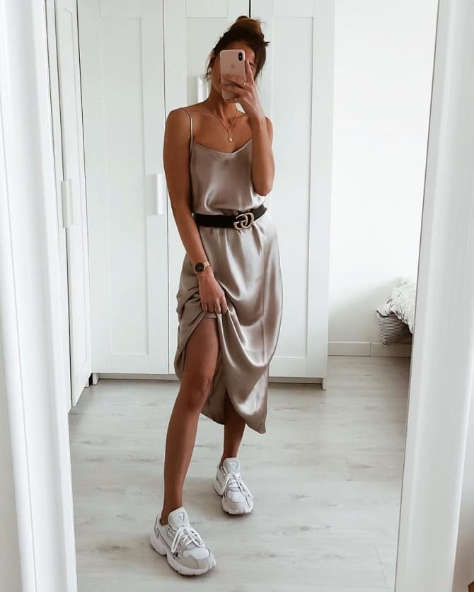 Модели платьев, которые можно носить с кроссовками 14