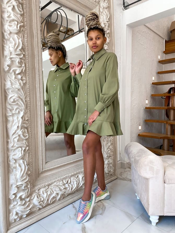 Модели платьев, которые можно носить с кроссовками 7